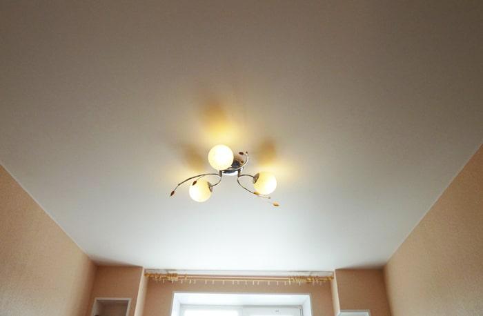 peindre mur et plafond au pistolet toulouse artisan renovations edmonton reviews faire un faux. Black Bedroom Furniture Sets. Home Design Ideas